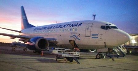 Traspasan un Boeing 737-500 de Aerolíneas Argentinas a la flota presidencial