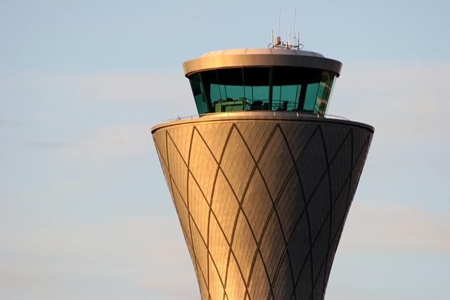 Aeropuerto Córdoba: Hay demoras por medida de controladores