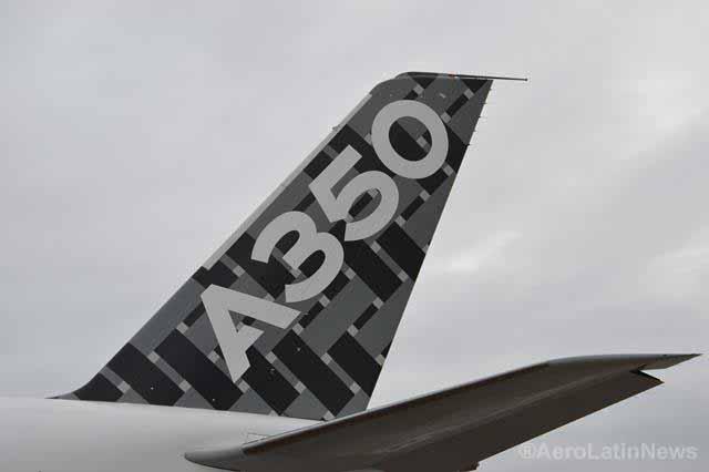Airbus completa primer vuelo del A350 XWB