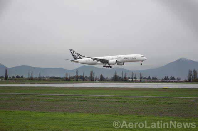 Así se monta el A350XWB: el nuevo avión de Iberia