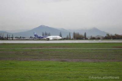 Chile: Ministro Undurraga inauguró obras de modernización de la pista principal del aeropuerto de Santiago