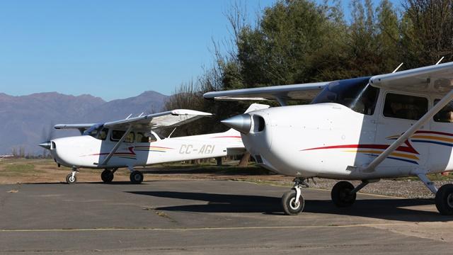 Chile: Escuela de Vuelo de la USM se certifica ante la Dirección General de Aeronáutica Civil