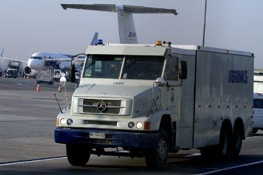 Chile: Carga de cajeros por vía aérea se complica. Bancos prevén menor disponibilidad para fiestas patrias