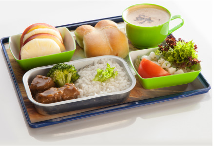 British Airways empezará a cobrar por la comida a bordo