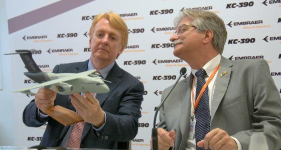 """Embraer: «Como concepto el avión KC-390 será muy competitivo, pero el precio dependerá de lo que quiera cada cliente"""""""