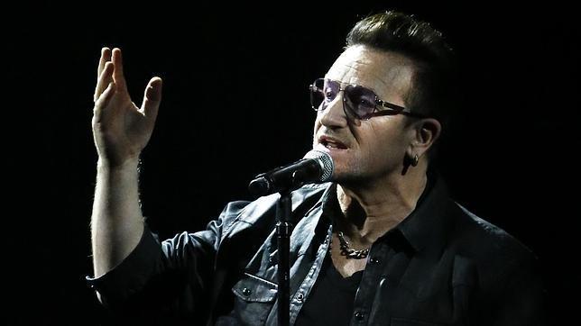 El avión privado de Bono, cantante de U2, pierde una puerta en pleno vuelo