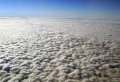 VUELO cielo nubes