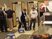 control personas policia aeropuerto