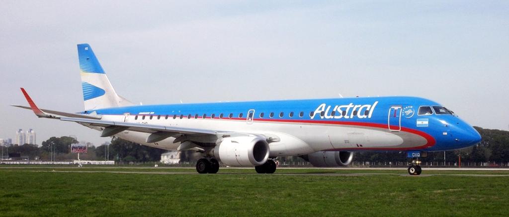 Argentina: Pilotos de Austral cuestionan compras de Embraer y piden reposicionar marca