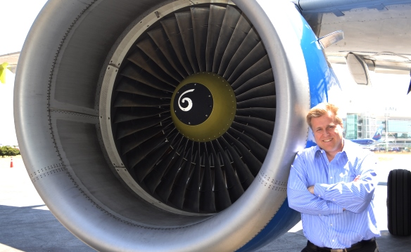 Holger Paulmann, CEO de SKY: «Cada vez más gente debería volar en avión»