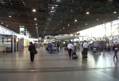 SCL -terminal-internacional-interior