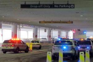 Policía mata a una persona en confuso incidente en aeropuerto de Ohio