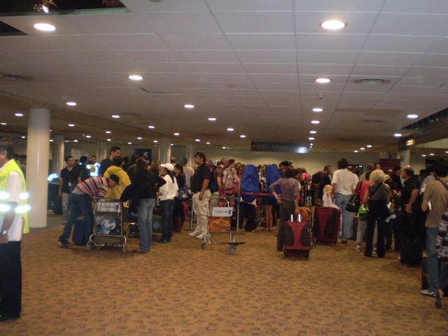 Chile: Aerolíneas anticipan serias dificultades en el aeropuerto por proximidad de temporada alta
