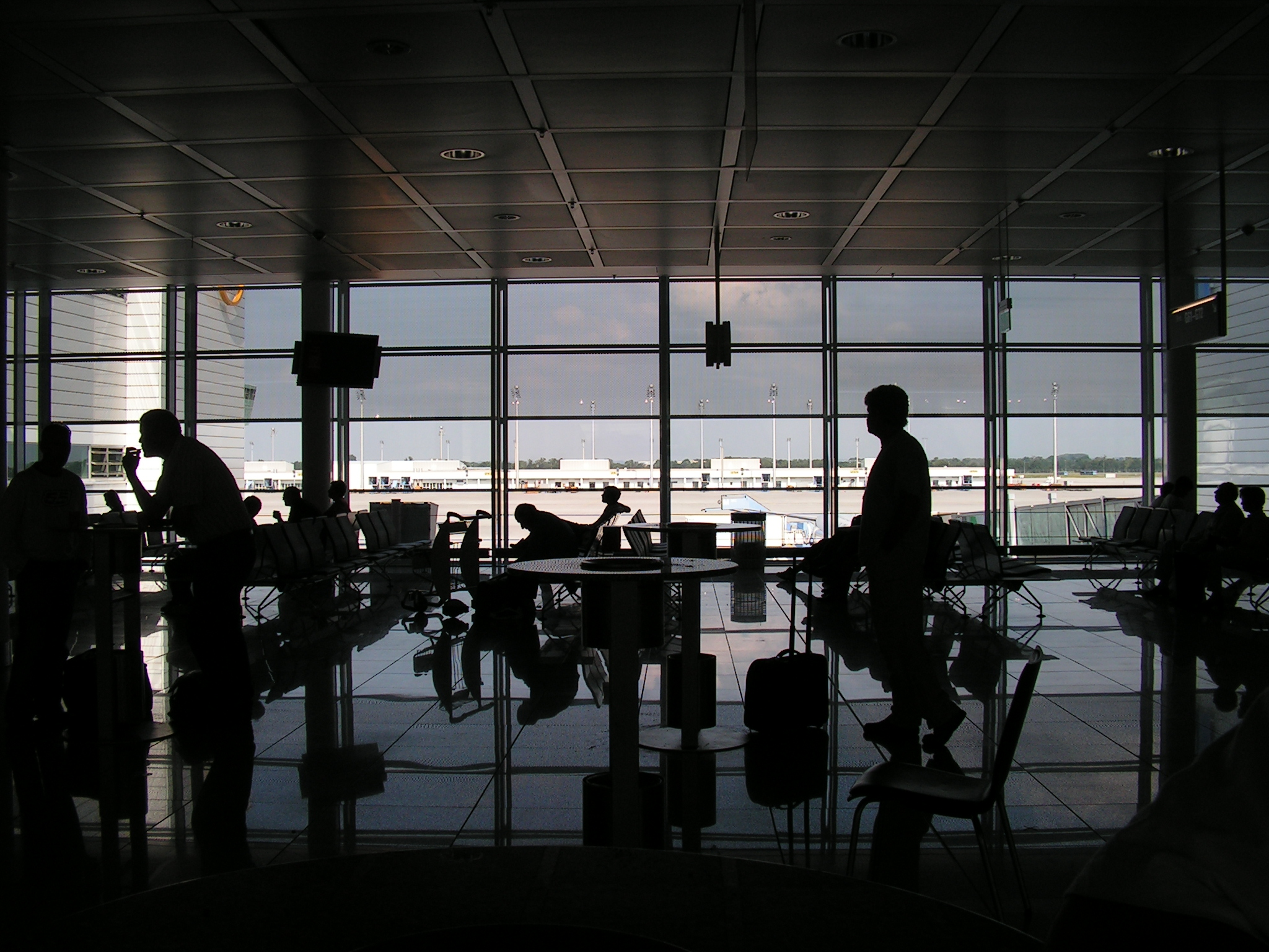 Ligera mejora de la demanda de pasajeros en mayo