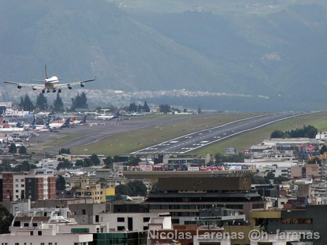 Ecuador: Vuelos en aeropuerto se retoman mañana