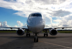 Embraer E190 (5)