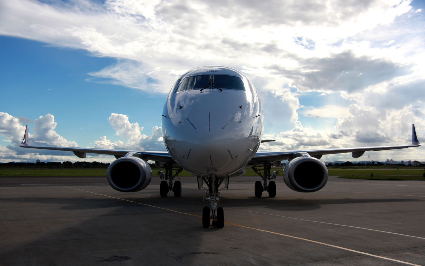 "Brazil""™s Embraer delivers 92 aircraft in first half"
