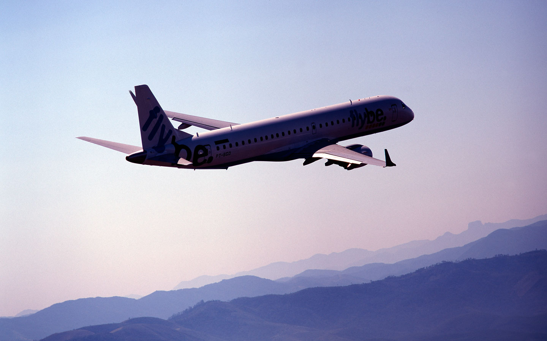 Embraer E195 (2)