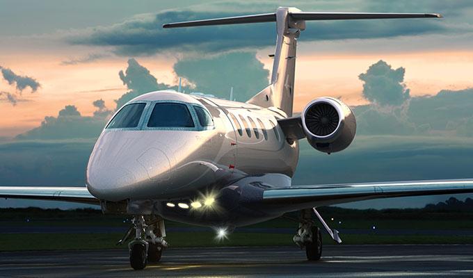 «Pelea del Siglo»: Jets privados colapsan aeropuerto de Las Vegas