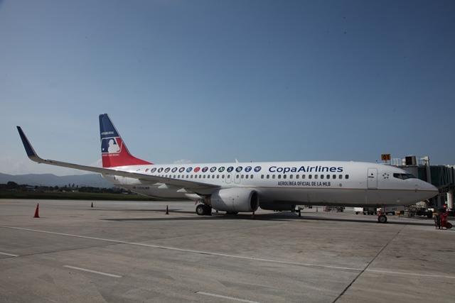"""COPA Airlines firma acuerdo de dos años para convertirse en la """"aerolínea oficial de la Major League Baseball""""  en América Latina Y Canadá"""