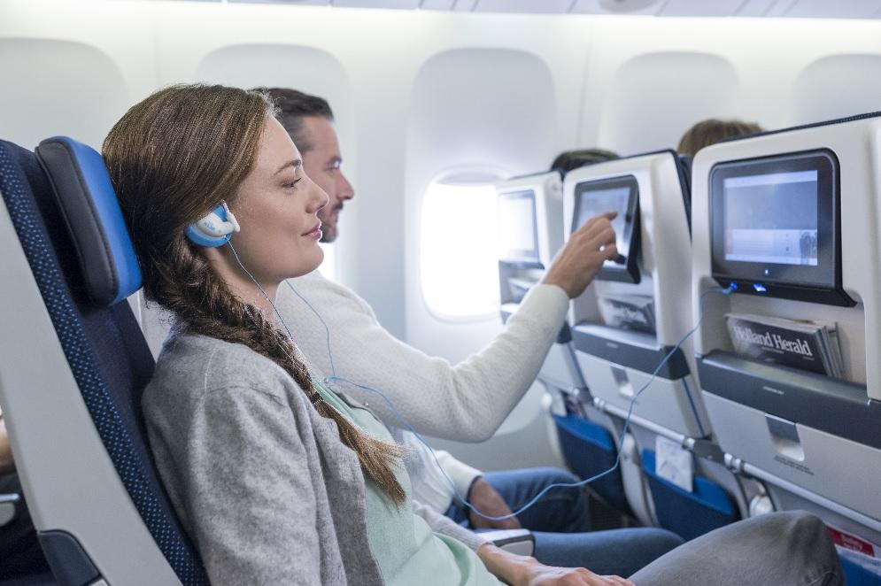 KLM vuela a Colombia con un avión completamente renovado en su interior y un nuevo sistema de entretenimiento a bordo