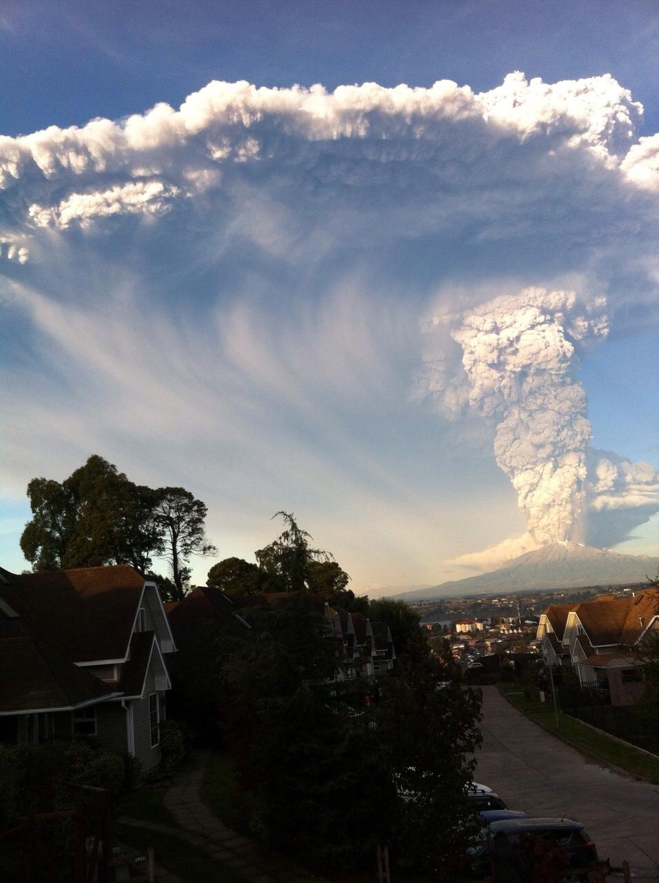 Estudio sobre ceniza volcánica mantendría aviones volando