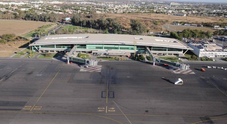 México: Da Quirino Ordaz banderazo de inicio del acceso sur al Aeropuerto de Culiacán