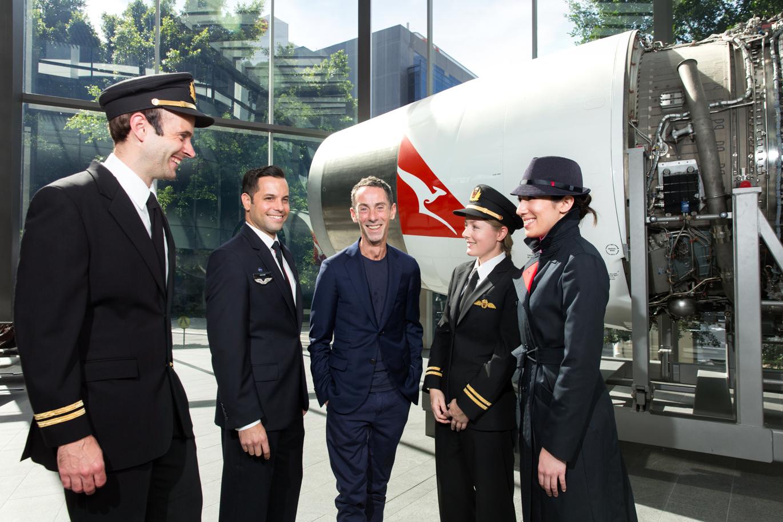 Martin Grant diseñará el nuevo uniforme de piloto de Qantas