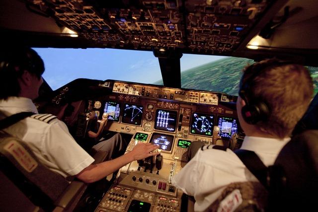 CAE dará formación a pilotos de Iberia para el A350 de Airbus