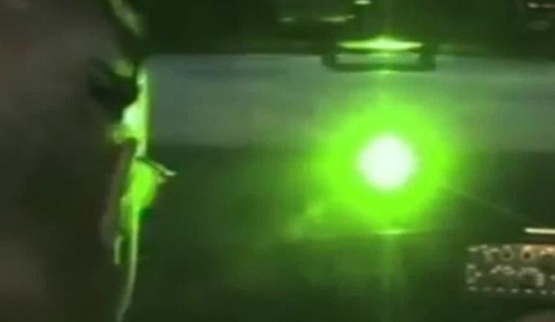 Ecuador: Luces láser afectan la aeronavegación
