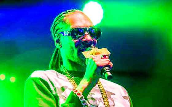 Retienen a Snoop Dogg, ahora en un aeropuerto italiano