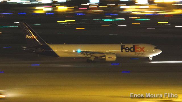 FedEx anuncia pedido por 24 aviones Freighters de Boeing