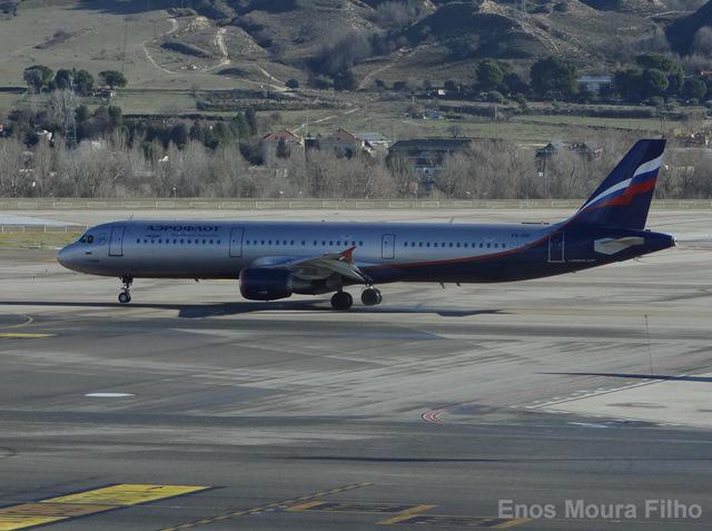 Rusia estudia elevar la seguridad de sus compañías aéreas en el extranjero
