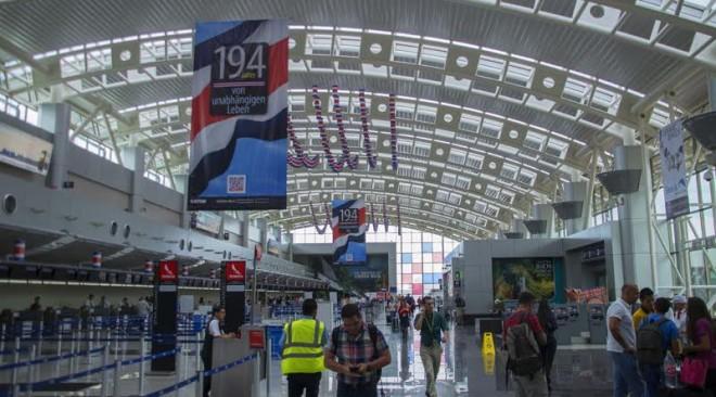 Costa Rica invertirá multimillonaria suma para modernizar aeropuertos
