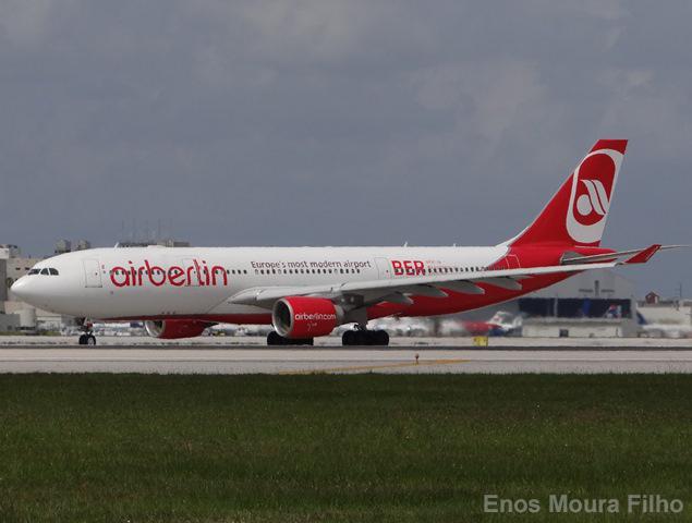 Airberlin completa la reorganización de su equipo directivo