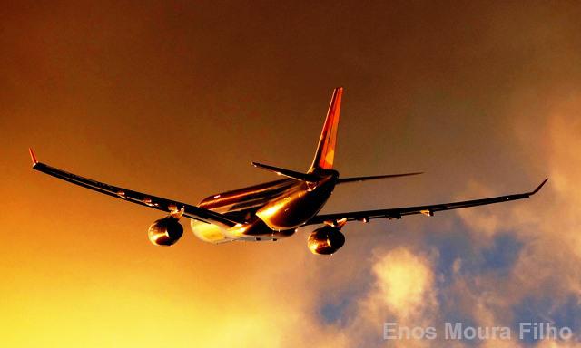 Junta de accionistas de Avianca aprueba investigación contra Kingsland Holding