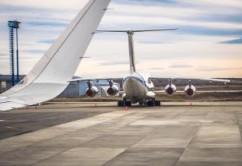 aviones-aeropuerto-pista