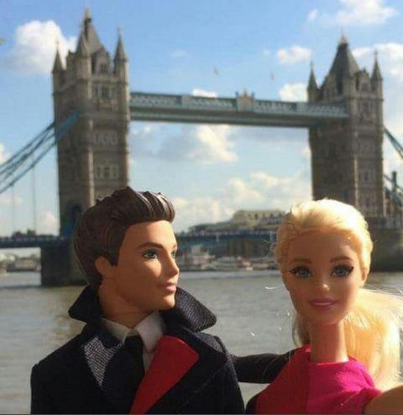 Muñeca Barbie exhibirá lo mejor de los uniformes de Qantas a lo largo de las décadas