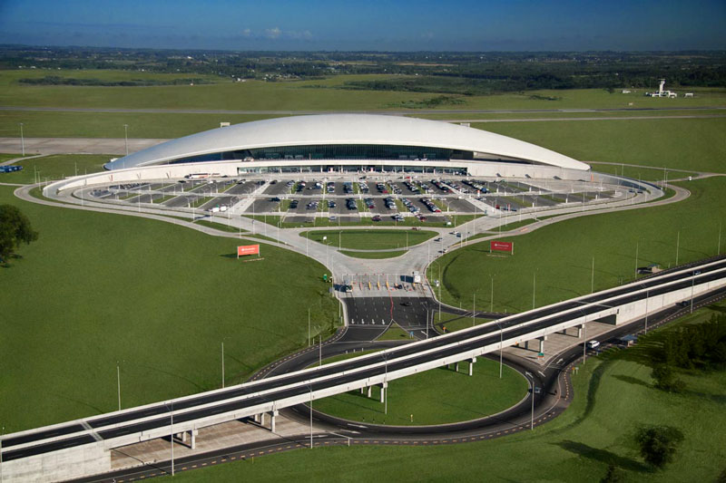 El aeropuerto internacional de Montevideo fue elegido como el mejor del mundo