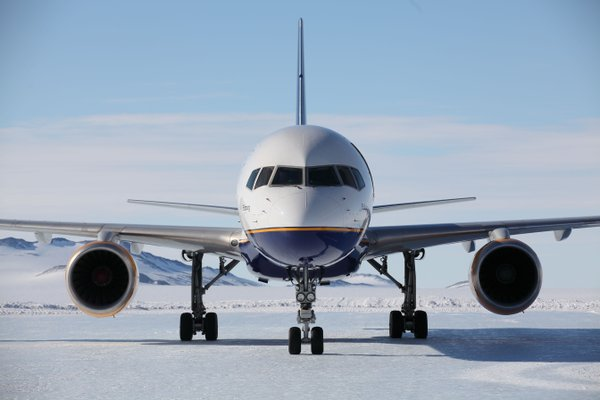 Aumentan conexiones aéreas para realizar cruceros antárticos