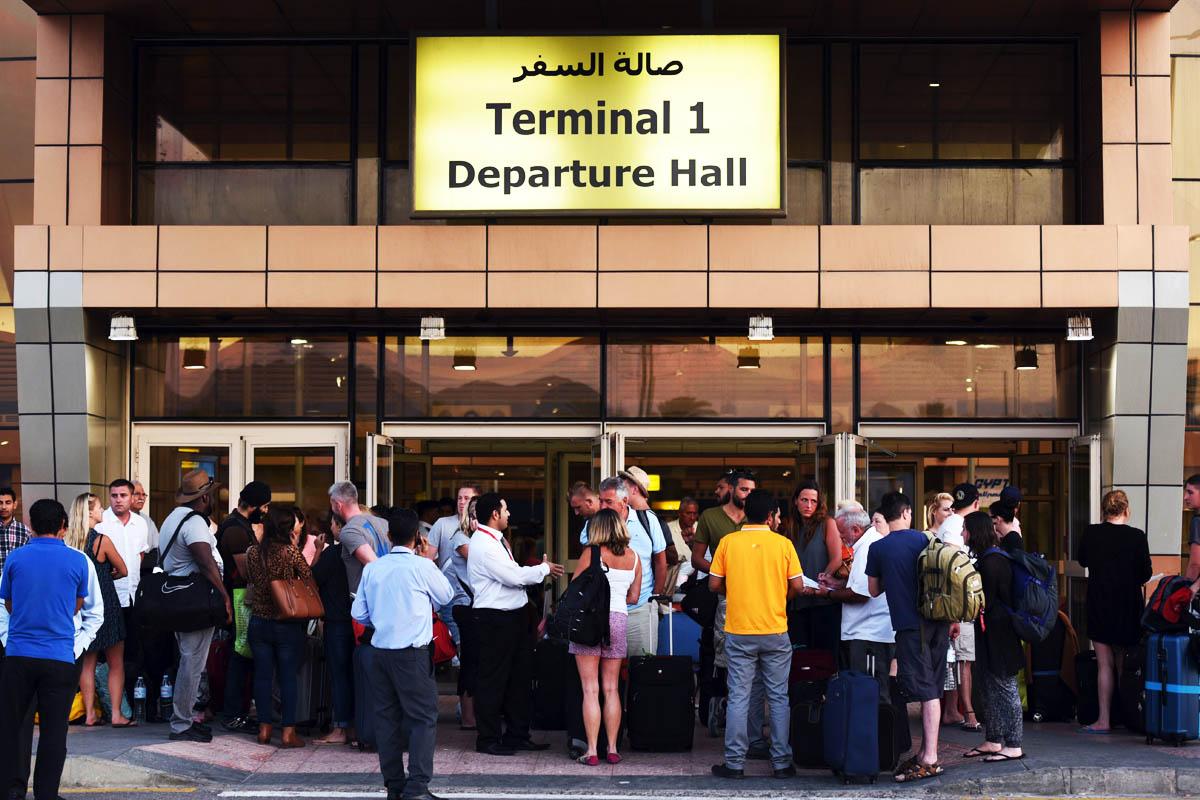 Aeropuertos en alerta tras la tragedia del Sinaí