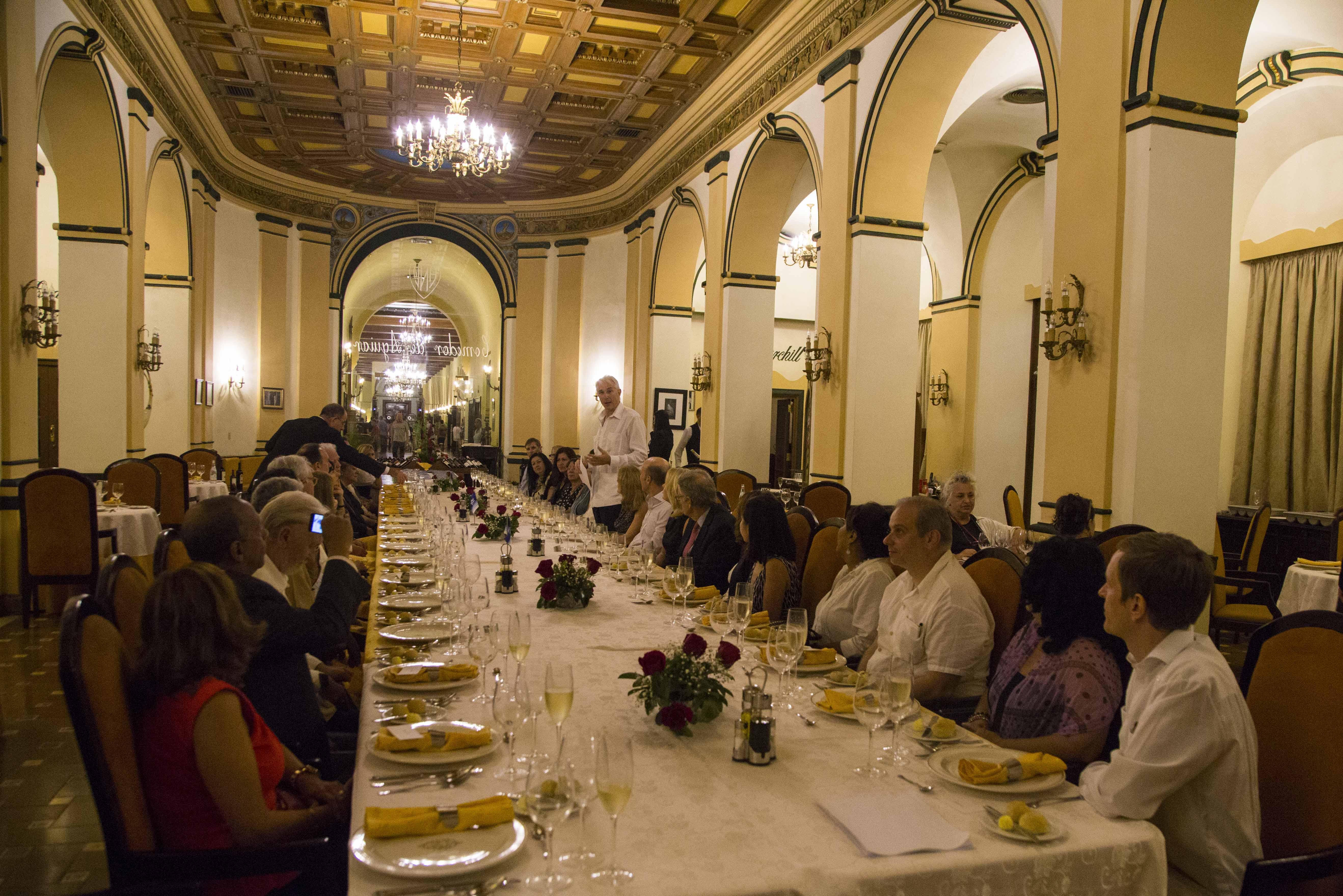 IATA conmemora en Cuba sus 70 años