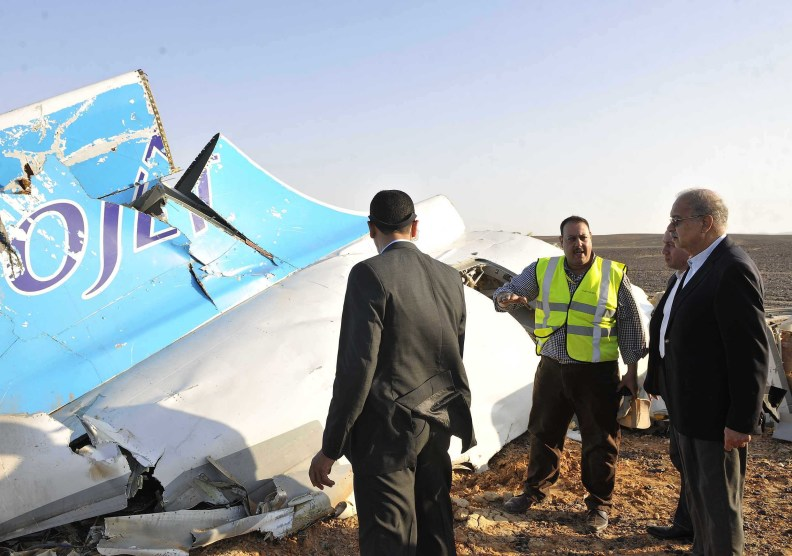 Un mecánico de Egyptair podría haber colocado la bomba que estrelló el avión ruso