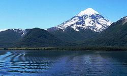 Argentina: Trekking, una atracción irresistible en el volcán Lanín