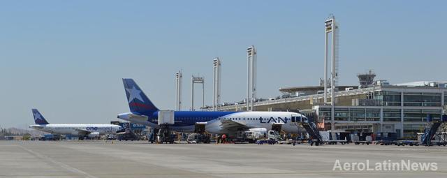 Chile: Más de 10 millones de pasajeros viajaron dentro y fuera del país en avión durante el primer semestre de este año