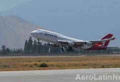 Qantas 747 amb