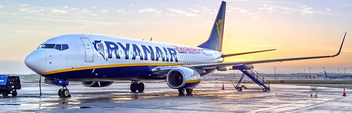 Ryanair pilots call off pre-Christmas strike as airline recognises union