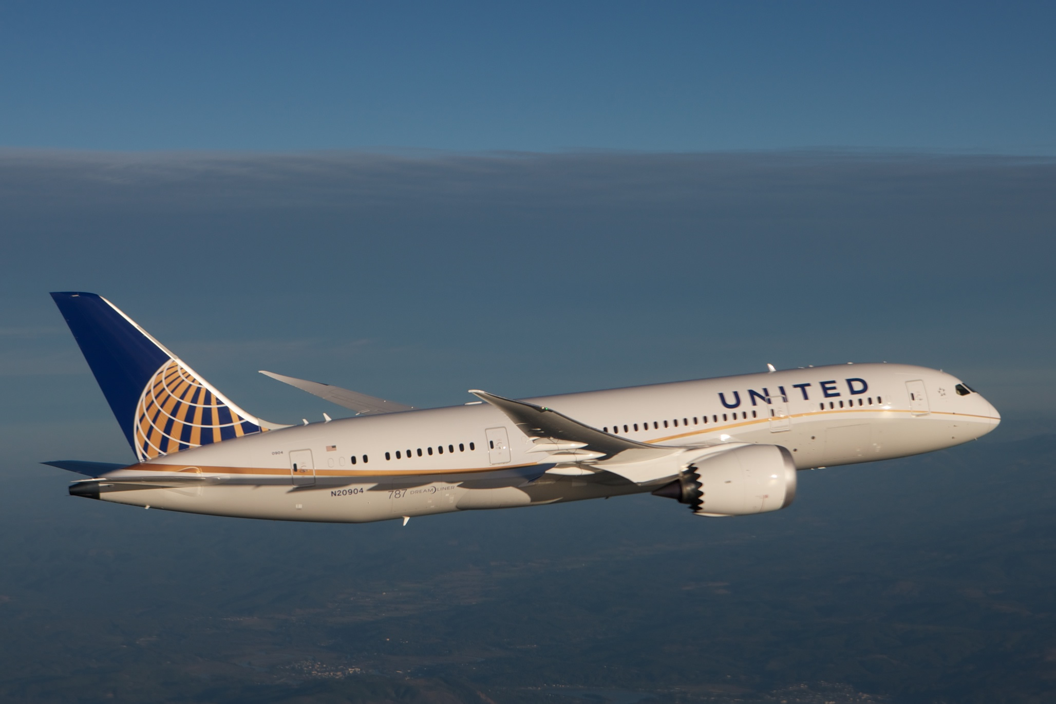 United to buy up to 10 million gallons of biofuel