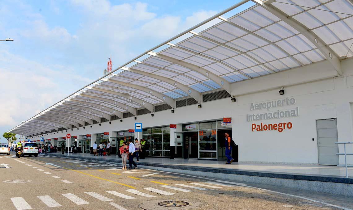 Colombia: Avión no pudo aterrizar porque aeropuerto estaba cerrado