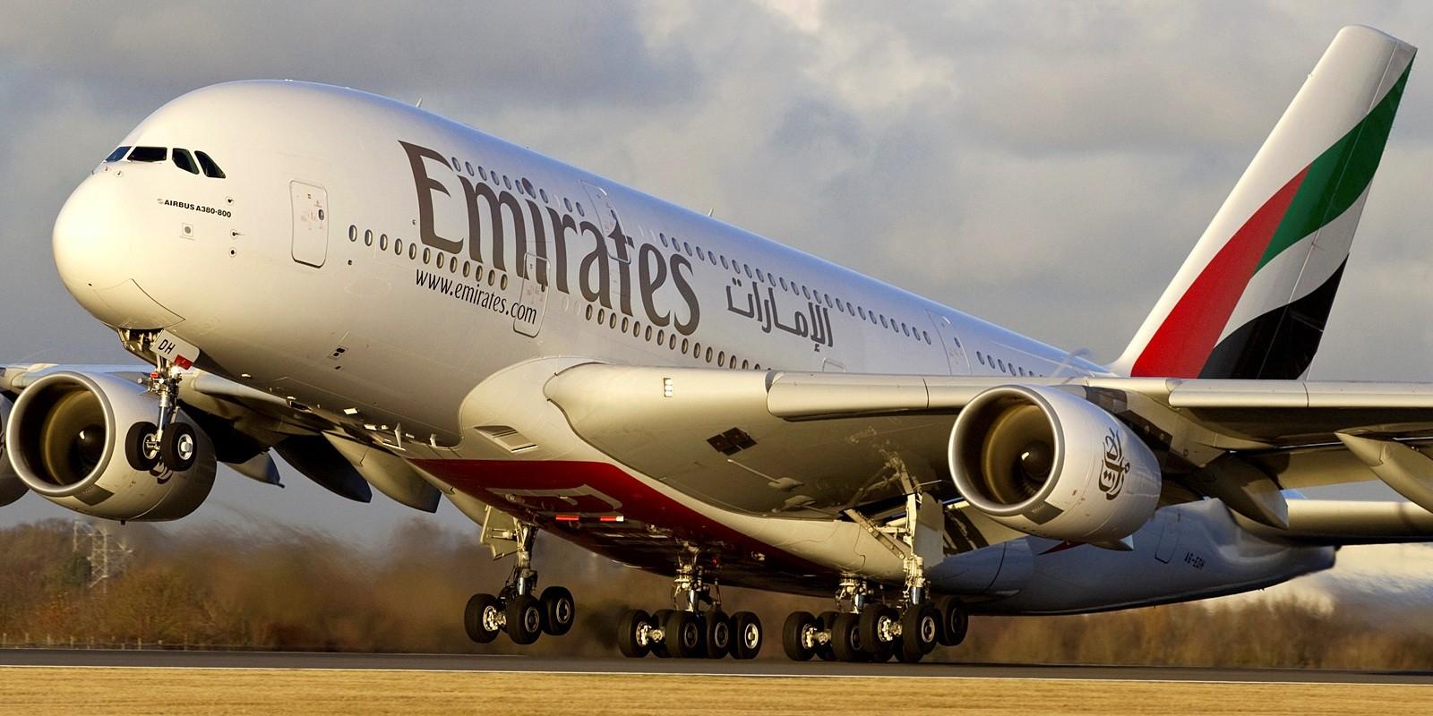 Emirates busca pilotos (con urgencia) para sus A380